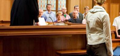 Чтобы разрушить рынок посредников в судах, нужна политическая команда