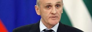 Президент Абхазии в отставку уходить отказался