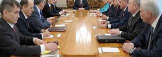 Путин и члены Совета Безопасности обговорили ситуацию на Украине