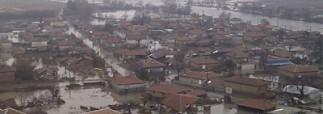 В Болгарии из-за наводнения блокированы тысячи туристов