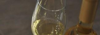 В Госдуме хотят ввести возрастные ограничения на продажу алкоголя