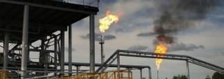 Путин считает, что цены на нефть упали по политическим причинам