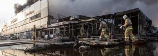 Пожар в казанском ТЦ начался в кафе, которое могло быть построено незаконно