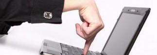 Госслужащим хотят запретить заходить в соцсети на работе