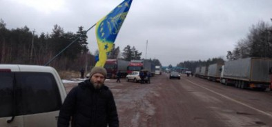 Премьер недоволен действиями Украины касательно запрета движения фур